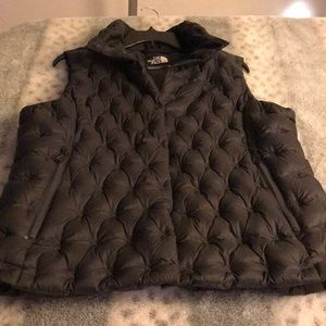 The north face charcoal color vest